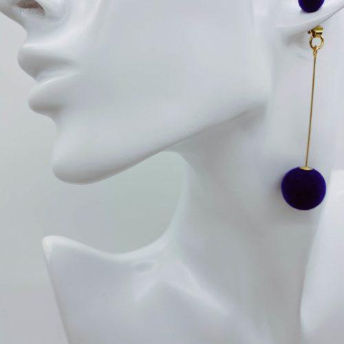 Smart drop down costume earrings